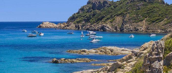 Saint-Tropez : une station balnéaire qui incite aux loisirs