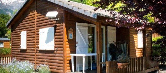 Où passer des vacances en plein air à Bourg d'Oisans ?